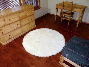 Round Faux Fur Area Rug