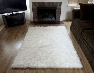 Super Plush White Faux Fur Area Rug